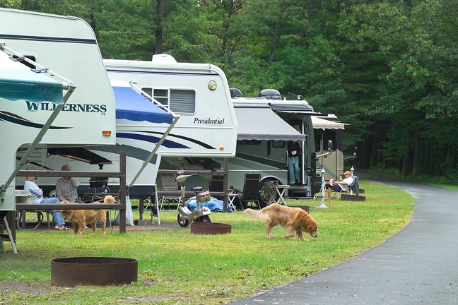 Camping Lake George