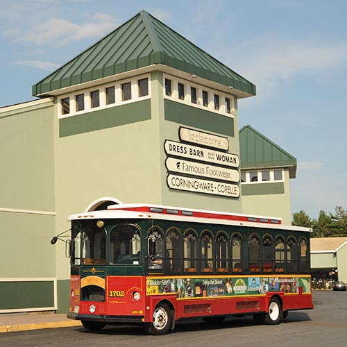 Park trolley at the Lake George outlets